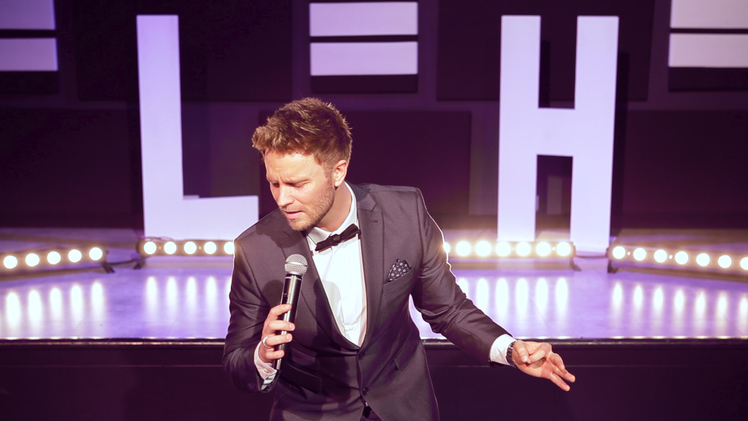 Lee Hutton performing as Michael Bublé